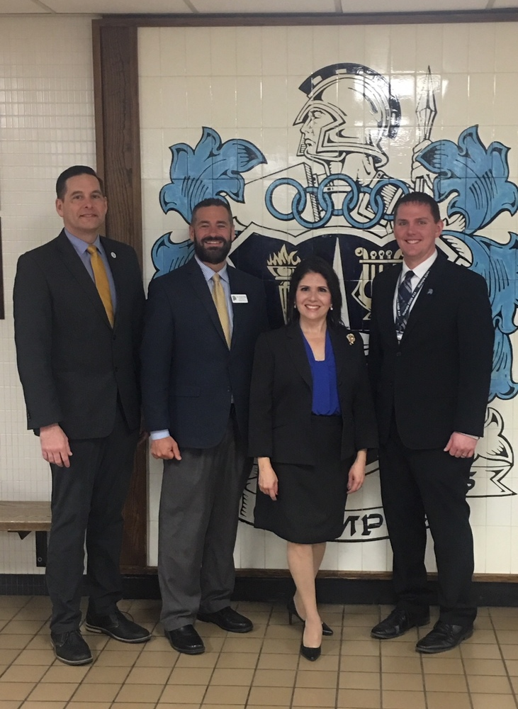 Lieutenant Governor Sanguinetti visits Olympia Middle School