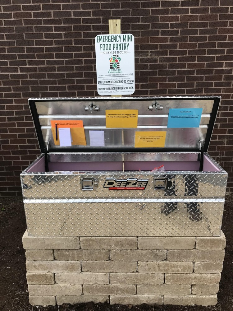Mini Food Pantry Available at OHMS