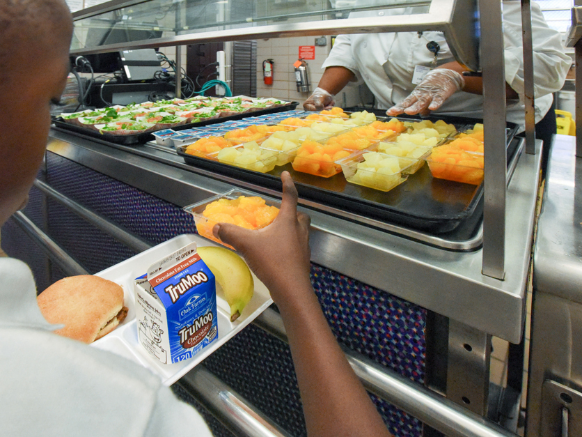 USDA Extends Free Meal Service to All Students