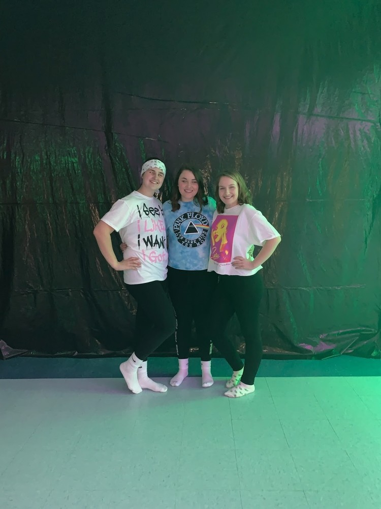 Upcoming OHS Blacklight Dance 'Glows' Up The Night on Feb. 22