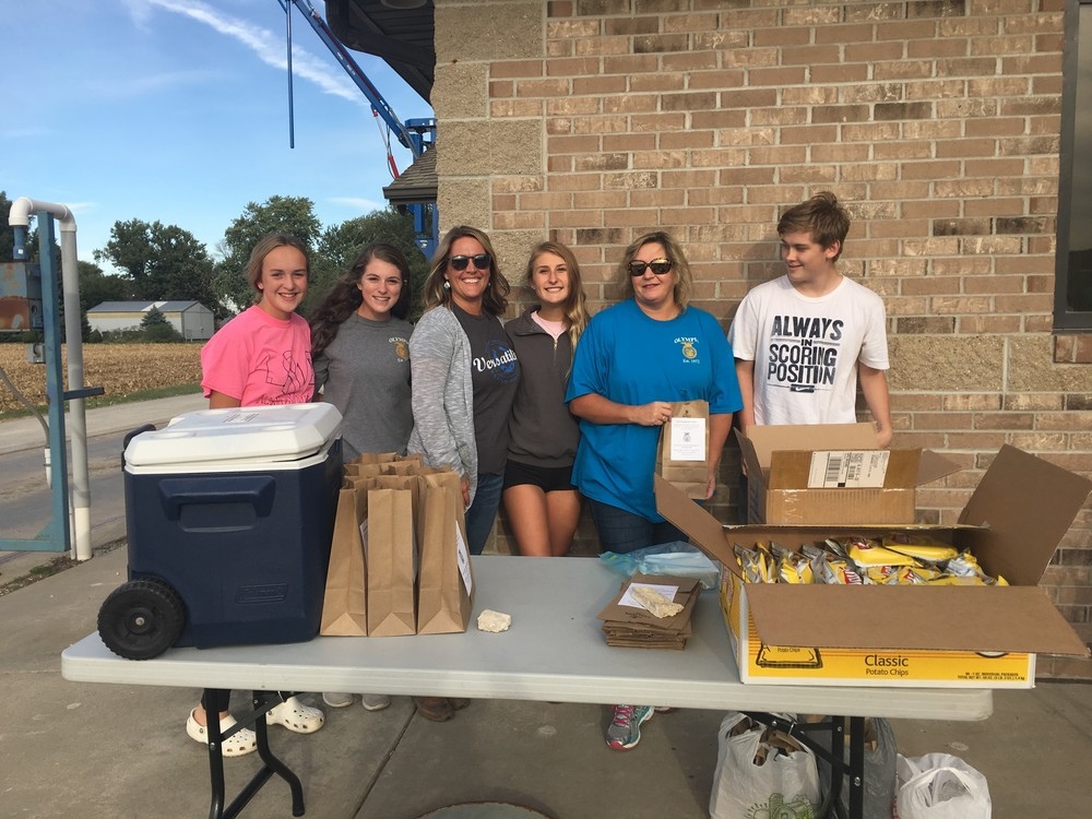 Olympia FFA Feeds Local Farmers