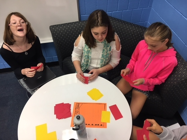 7th Grade Students Create and Play Noun Review Games