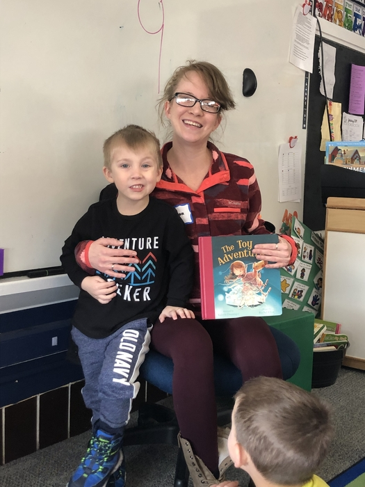AM preschool friends loved having a Mystery Reader