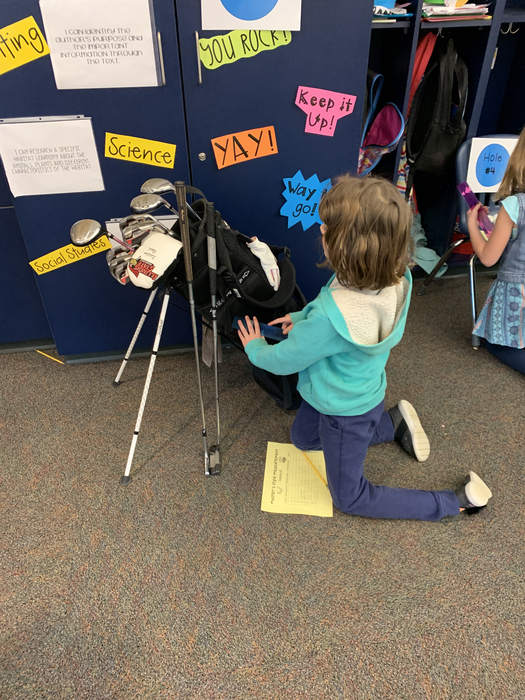 Measuring the golf bag!