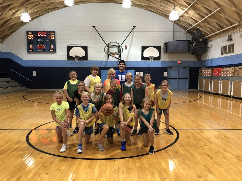 Girls Basketball Club