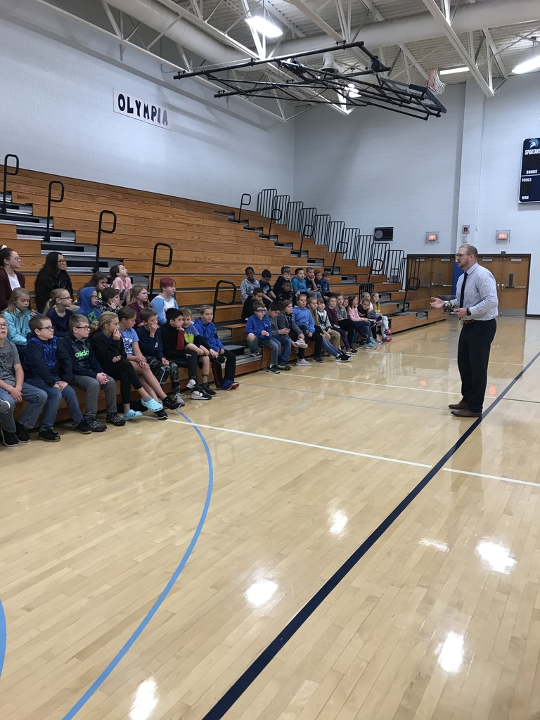 Mr. Steve talks to 4th grade